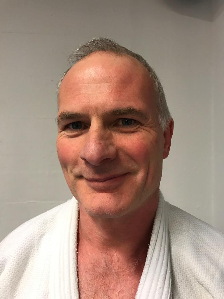 Andreas Sidler (1. Dan) : Schülertrainer Dienstag